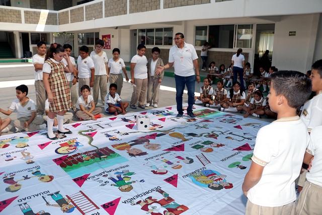 Juegos Ludicos En Colegio Laureles